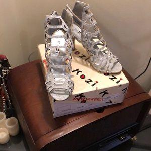 Silver Kozi 3.5 inch heels size 6